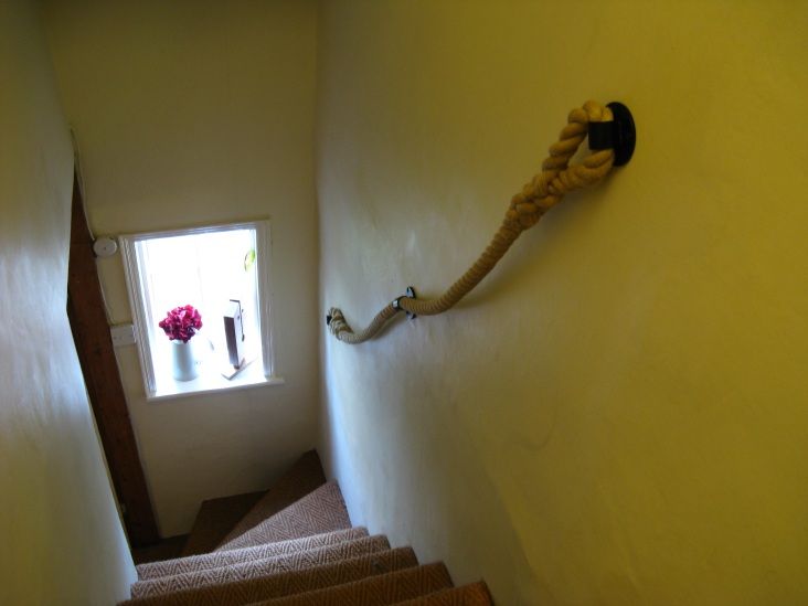 24mm Synthetic Hemp Rope  Banister with Blacksmith Brackets