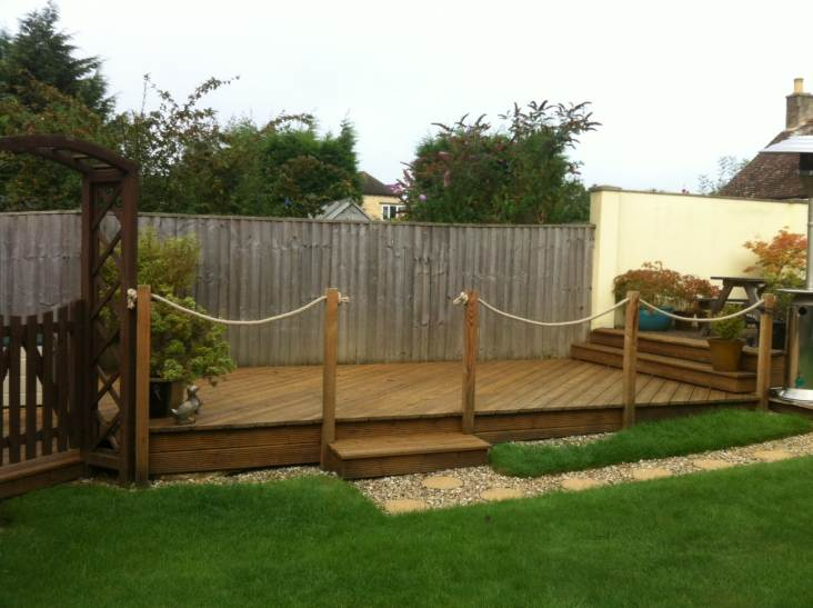 natural hemp rope garden decking barrier