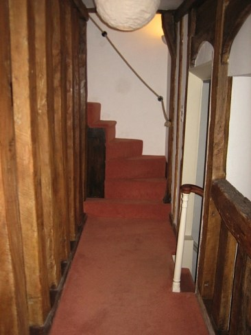 Stairs Handrail made from Natural Hemp Rope with Blacksmith-made Brackets 2