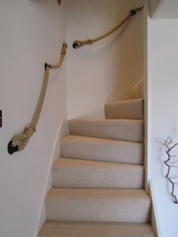 Delicieux 24mm Synthetic Hemp Rope Stairs Banister (Handrail) With Blacksmith Made £  Round Brackets ...